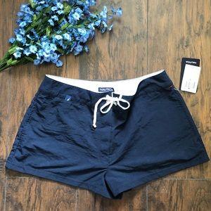 Nautica Shorts size small